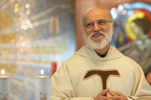 Frei Raniero Cantalamessa, frade nomeado cardeal