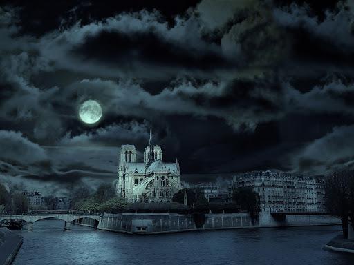 Catedral de Notre-Dame à noite