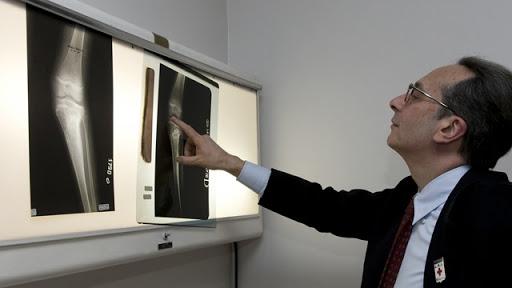 Dr Alessandro de Franciscis - Comissão médica de Lourdes