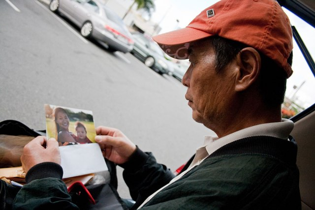5father-homeless-paradise-diana-kim-17
