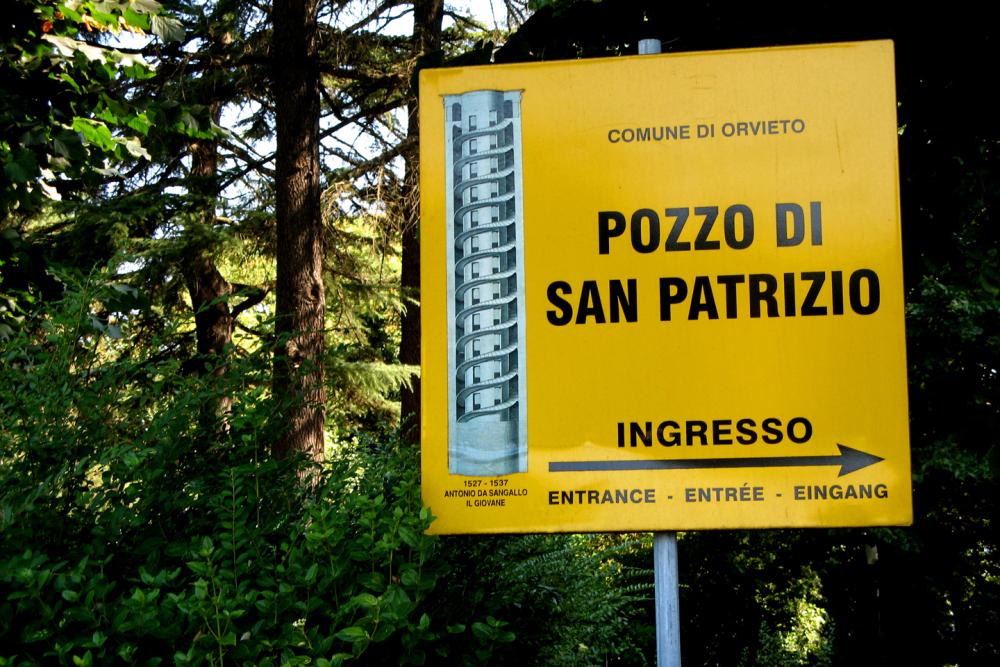 web-pozzo-di-san-patrizio-roel-driever-cc