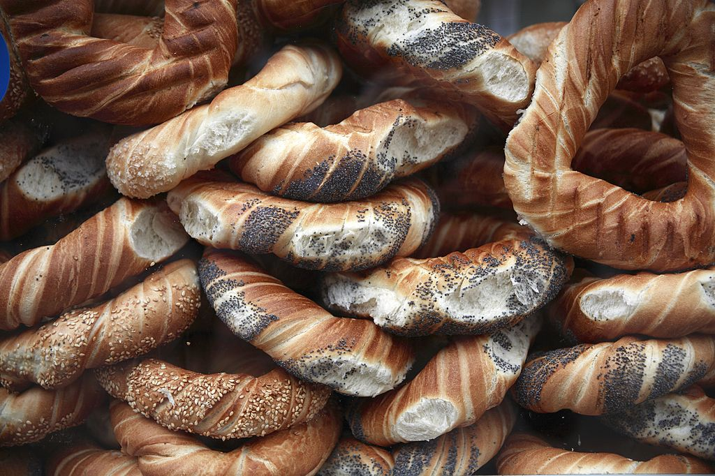 Poland, Krakow, Close up of pile of bagels with poppy and sesame seeds