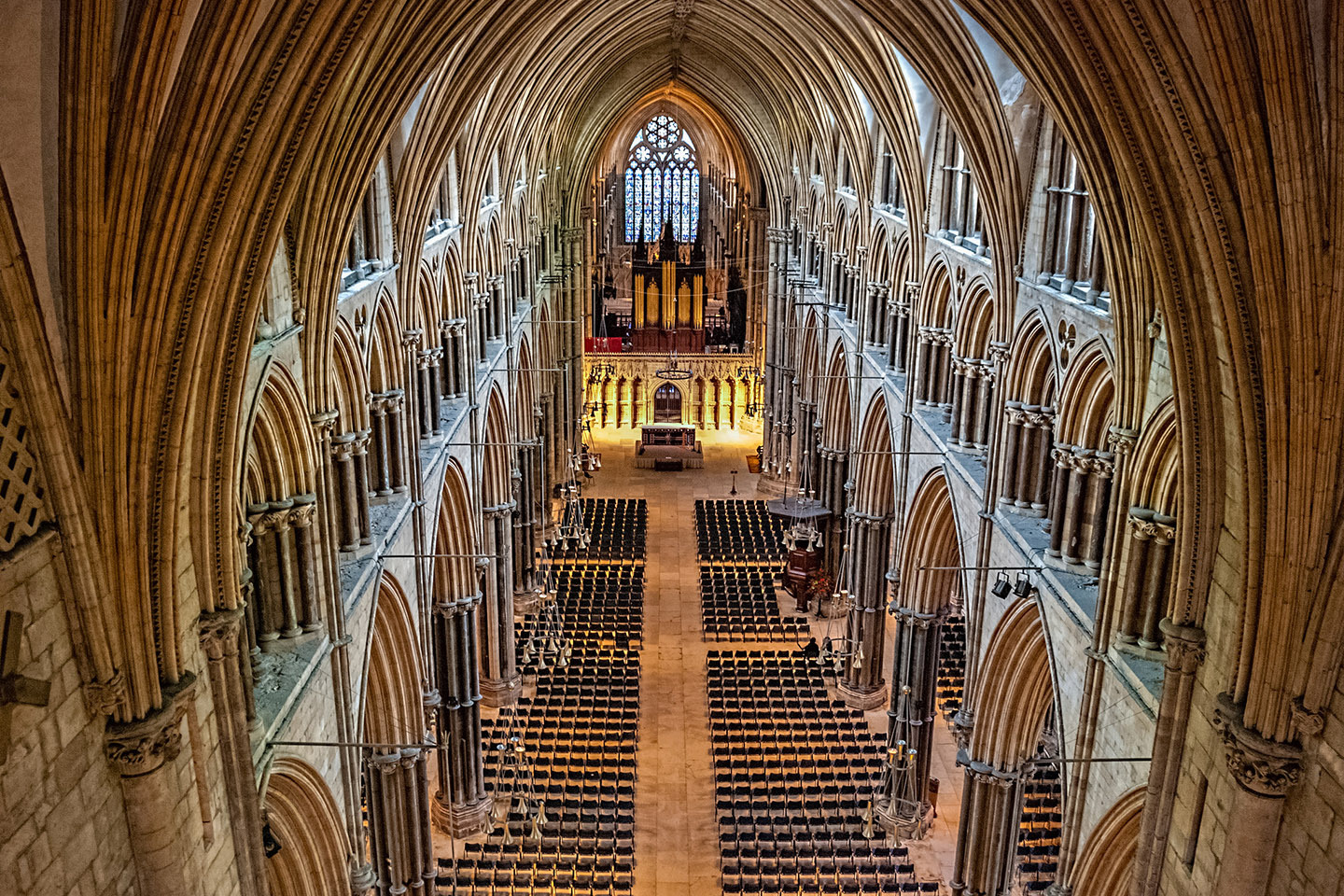 web-england-lincoln-cathedral-3-gary-ullah-cc