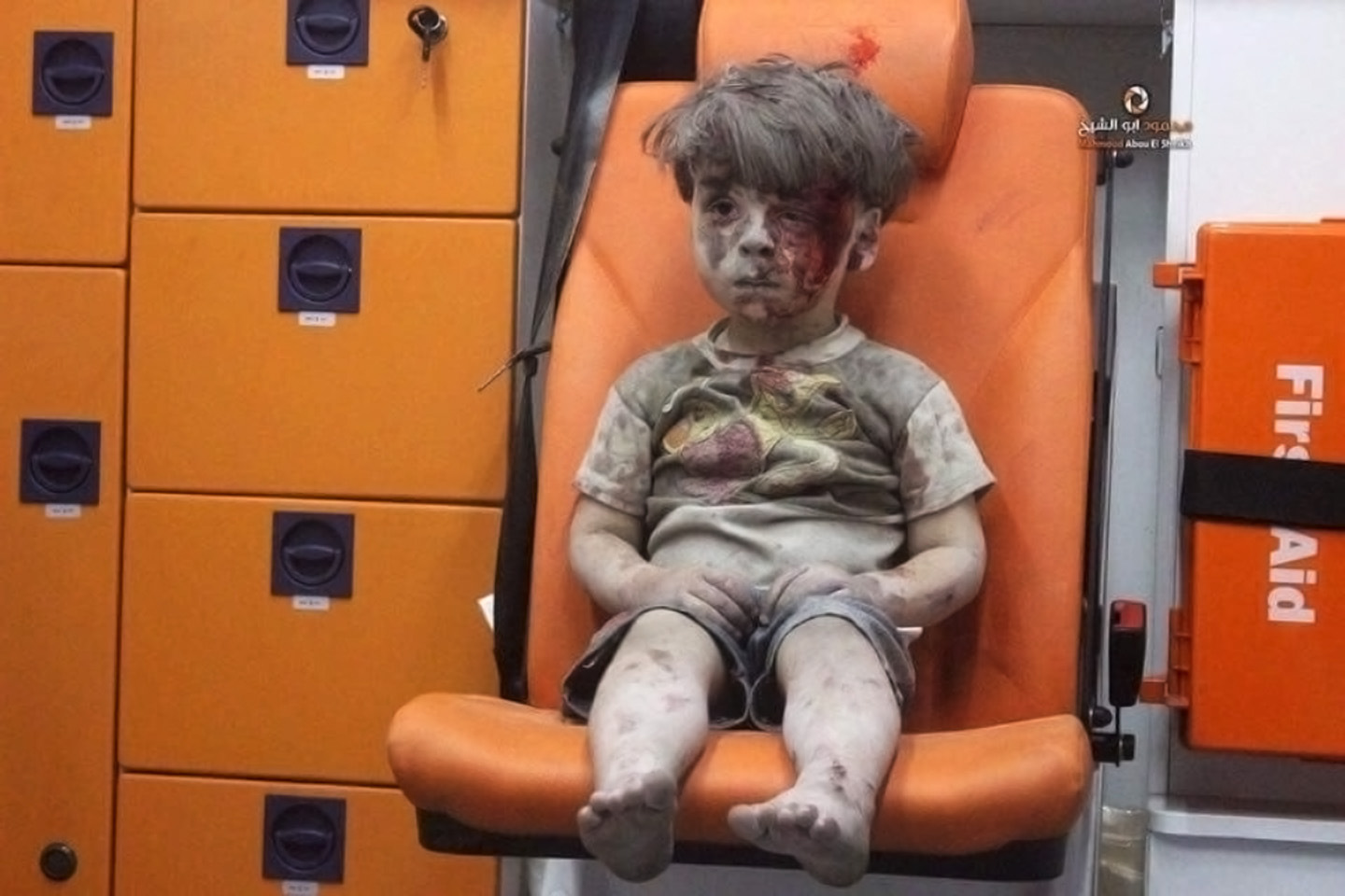 boy-aleppo-ambulance-aleppo-media-center