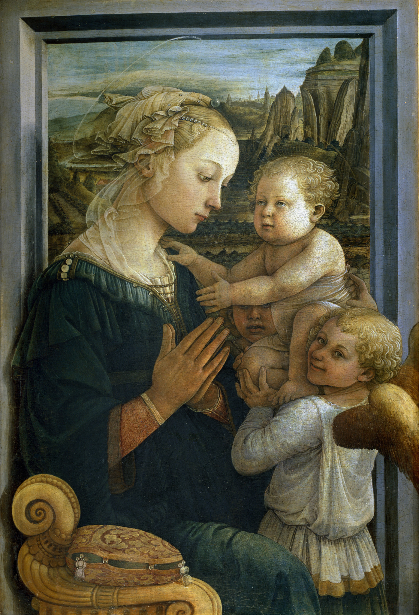 Madonna with the Child and two Angels, Filippo Lippi, 1406–1469, Uffizi Gallery, Florence, Italy. Luisa Ricciarini | Leemage