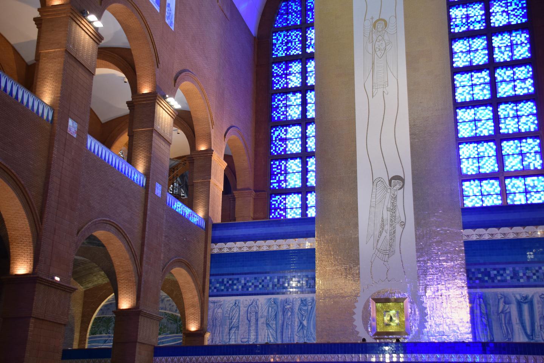 web-aparacida-brasil-basilica-shrine-francisco-antunes-cc