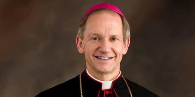 Dom Thomas Paprocki, o bispo que corre maratonas