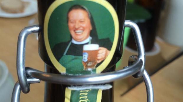Freira cervejeira irmã Doris Engelhard