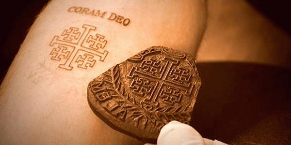 tatuagem cristã