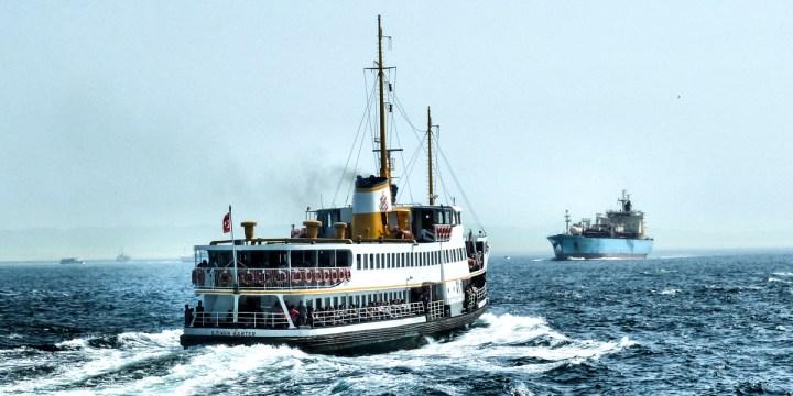 SHIPS IN THE OCEAN