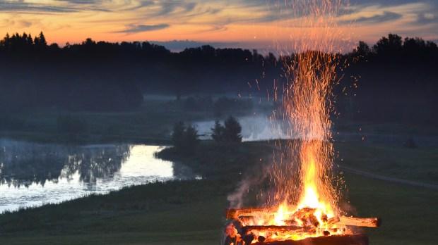 FIRE,SUNSET,LAKE