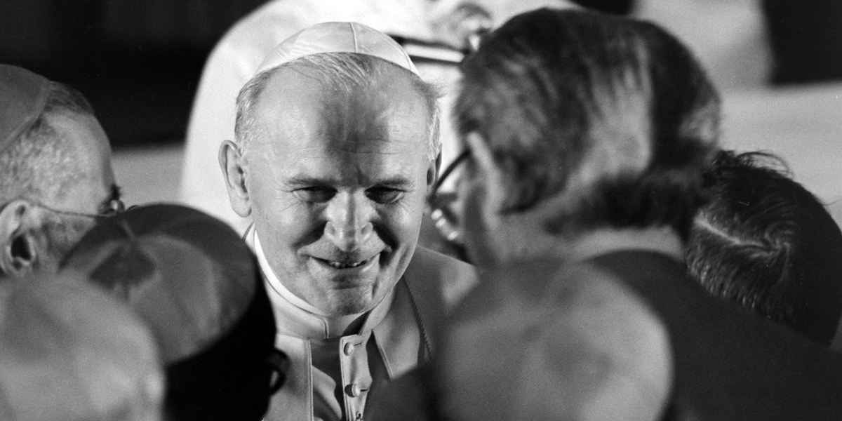 POPE,JOHN PAUL II,JPII,PEOPLE