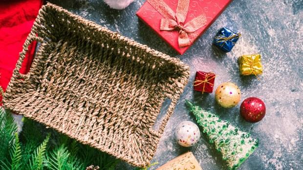 CHRISTMAS,EMPTY BASKET, DECOR