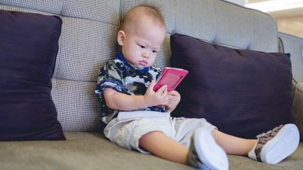 Baby - Kid - Smartphone