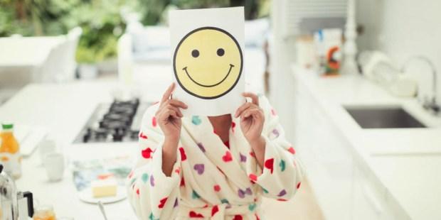 WOMAN WITH SMILE EMOJI