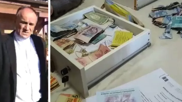 acusações de desvio de dinheiro