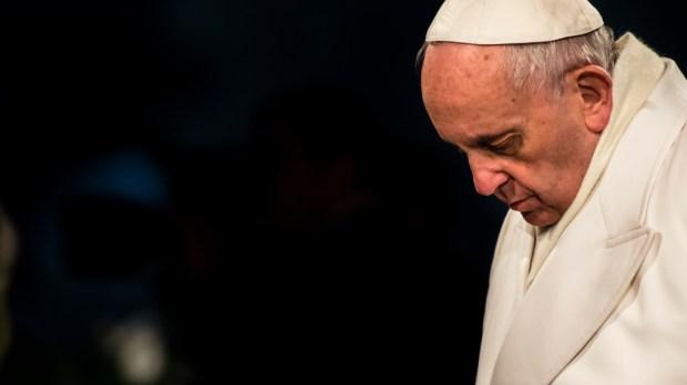 POPE VIA CRUCIS