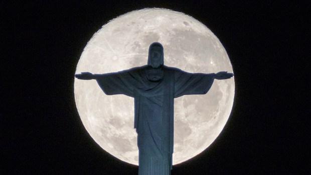 MOON,CHRIST THE REDEEMER