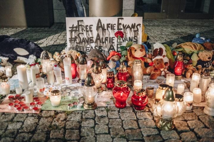 PROTEST W SPRAWIE ALFIEGO EVANSA