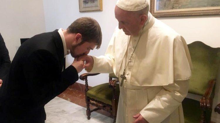 Papa e Tom Evans