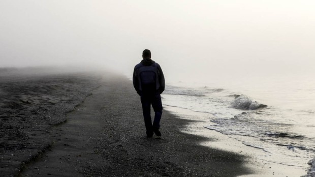 LONELY MAN,BEACH