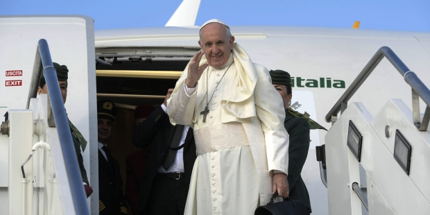 POPE FRANCIS,AIRPORT,MMWMOF