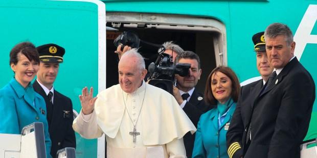 MMWMOF,POPE FRANCIS,AIRPLANE
