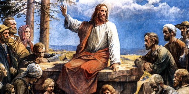 JESUS SPEAKING TO CROWD