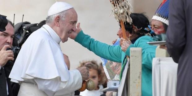 Papa indígenas macuxi