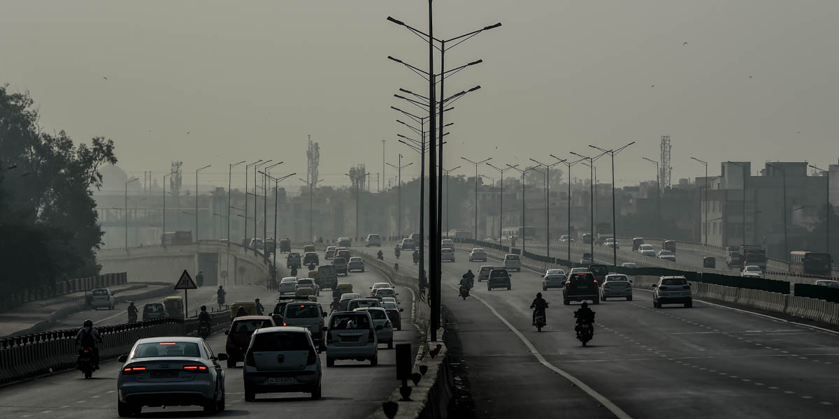 AIR POLLUTION,CARS,HIGHWAY