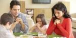 FAMILY,GRACE,DINNER