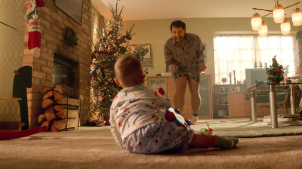 FATHER, SON, LIVING ROOM, BOUYGUES CHRISTMAS COMMERCIAL