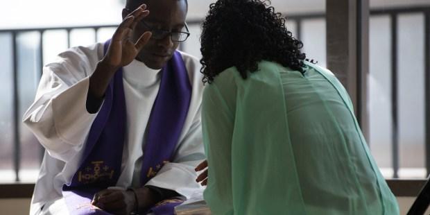 Confissão não é para contar problemas, mas para contar pecados