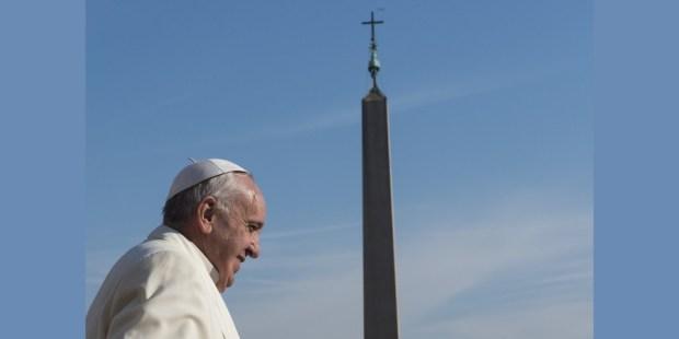 Papa Francisco obelisco
