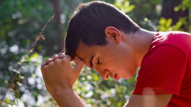 PRAY; MAN