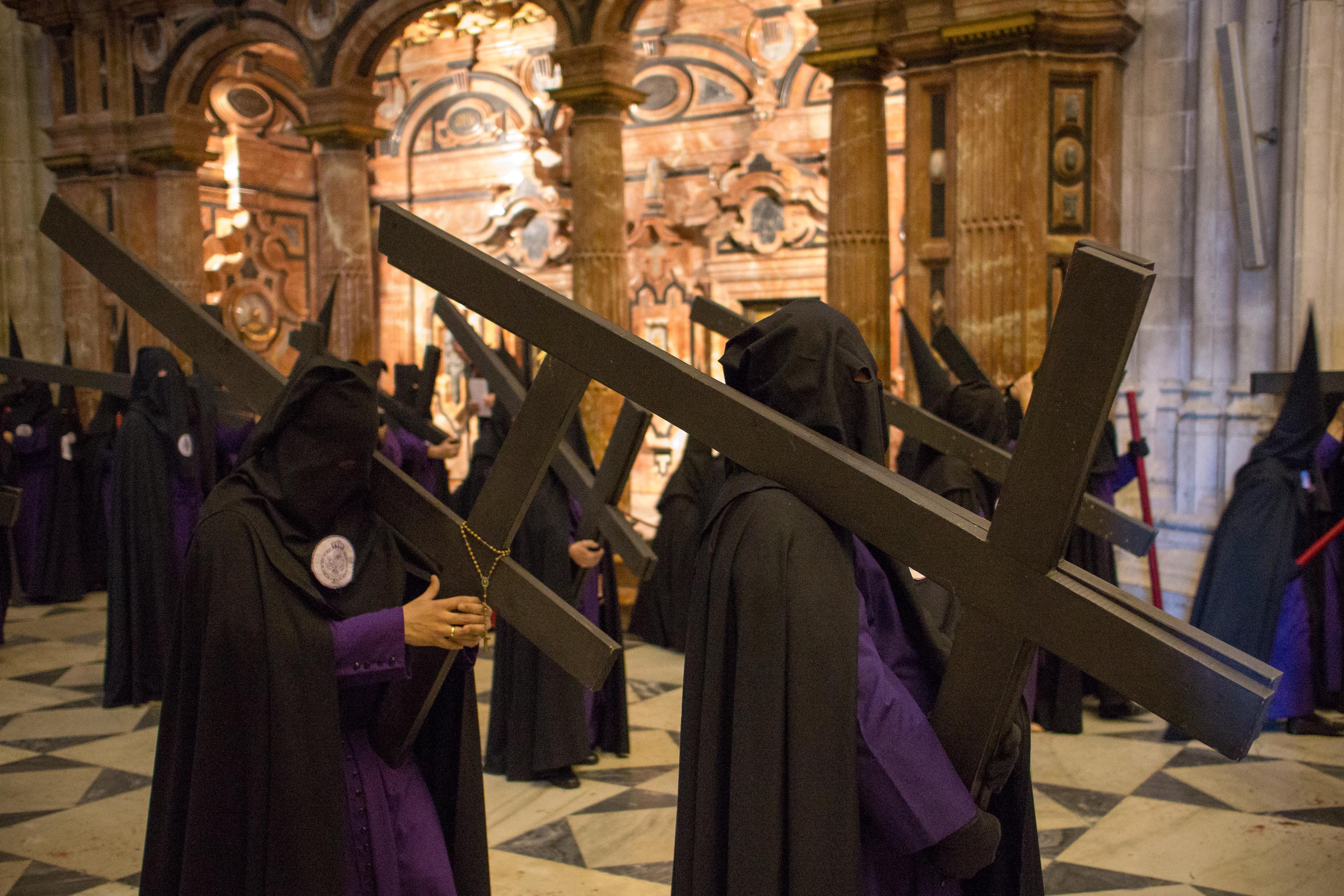 HOLY WEEK; SEMANA SANTA; SEVILLE; SEVILLA; PENITENTES