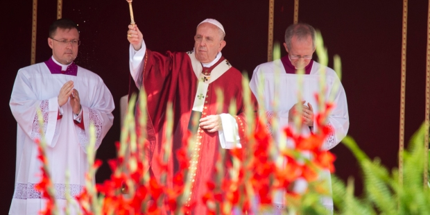 POPE HOLY MASS PENTECOST