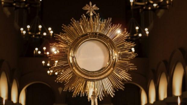 Adoração da Eucaristia