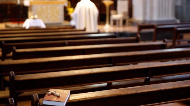 Restrições à Missa durante pandemia de covid-19