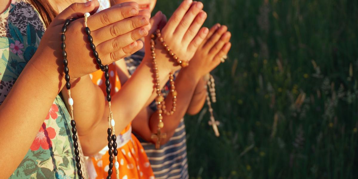 CHILDREN, PRAY, ROSARY