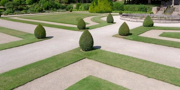 Garden Abbey Fontenay