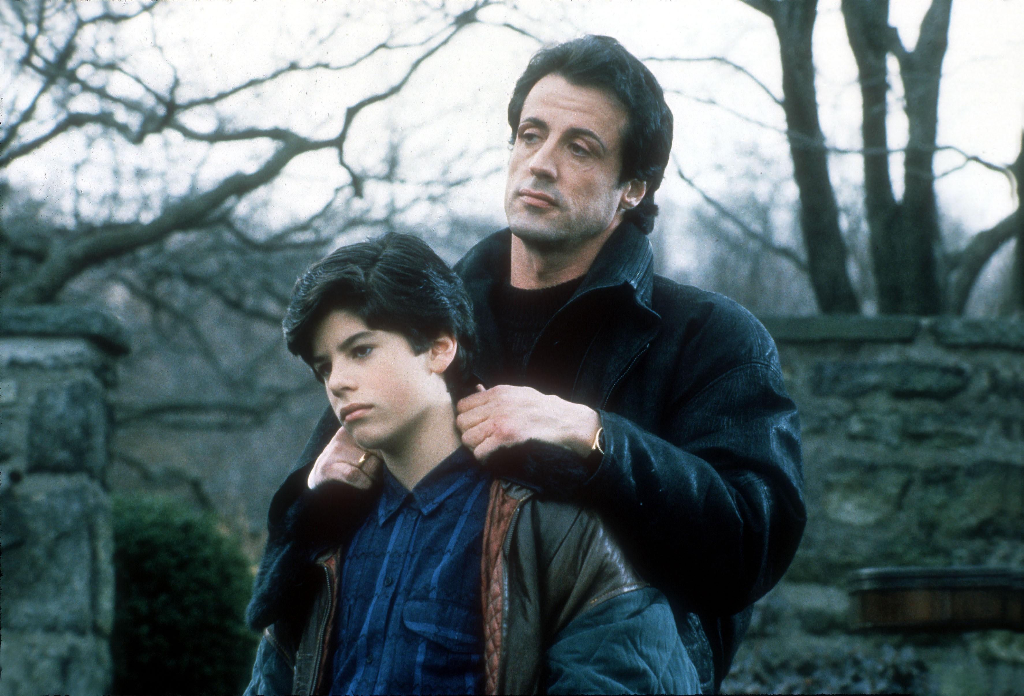 Sylvester Stallone e o filho Sage no filme Rocky V