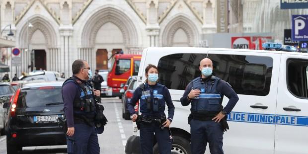 Atentado terrorista na catedral de Nice
