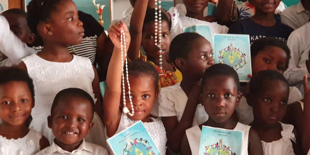 ACN promove iniciativa de um milhão de crianças rezando o terço