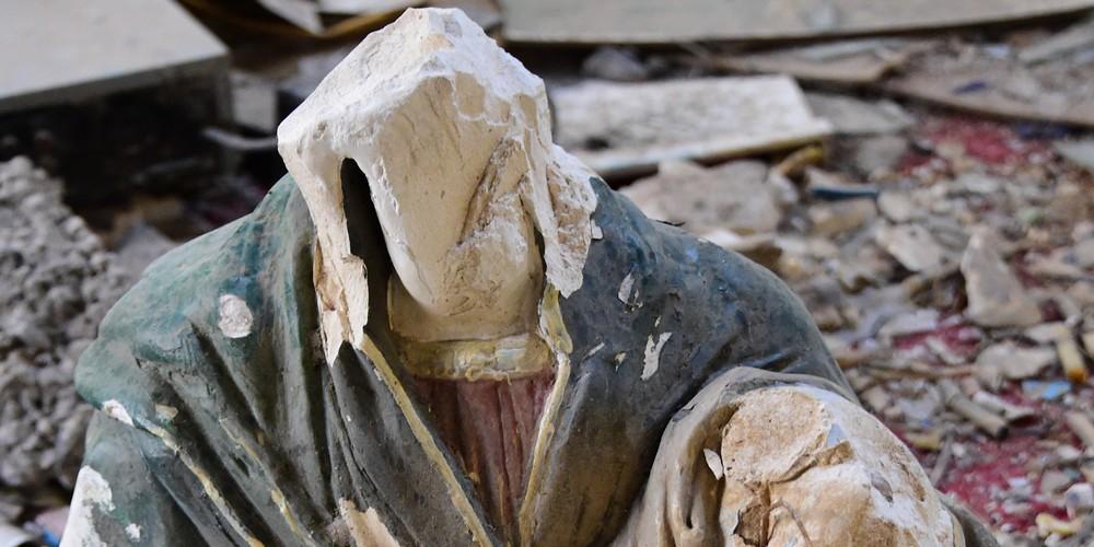 Ataques a igrejas por extremistas
