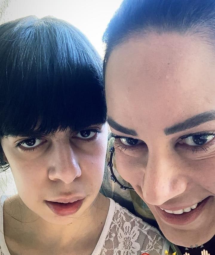 Celebridades e filhos com necessidades especiais: Silvia Abravanel e Luana