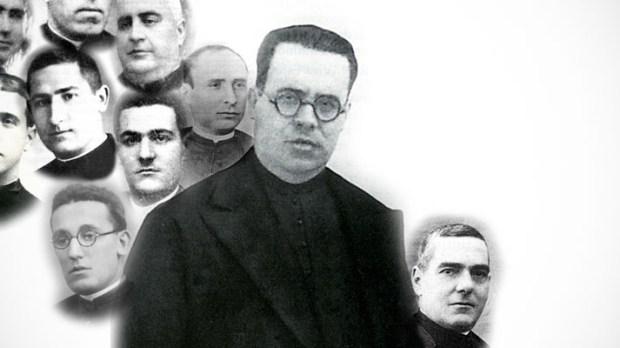PADRE JUAN ELIAS MEDINA ENTRE MÁRTIRES VÍTIMAS DO COMUNISMO
