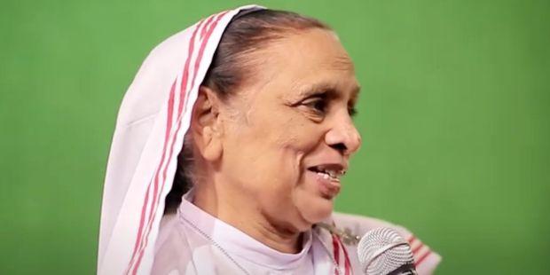 """Irmã Ruth Lewis, freira católica """"mãe dos esquecidos"""" no Paquistão"""