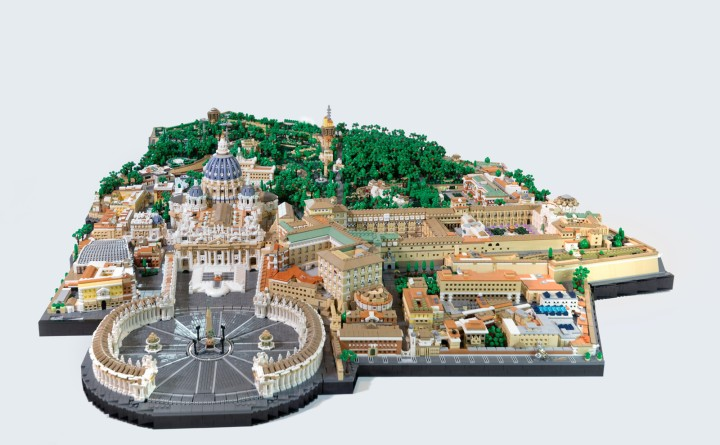 LEGO Vatican City by Rocco Buttliere on Aleteia