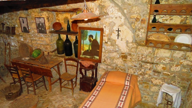 PADRE PIO FIRST HOME